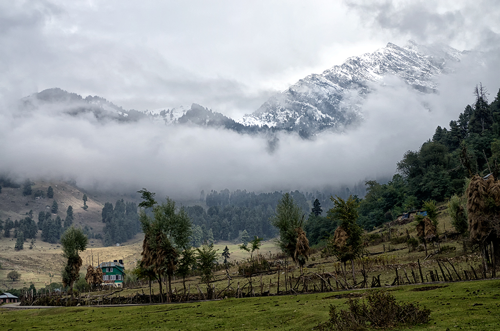 Scene from Betaab Valley